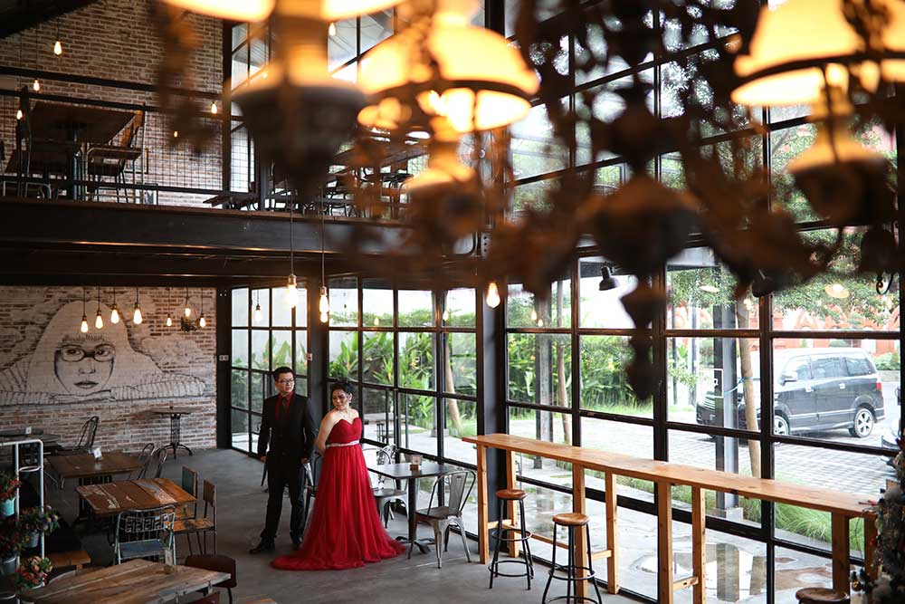 Jasa foto video Prewedding Di Pixellate Cafe Bali